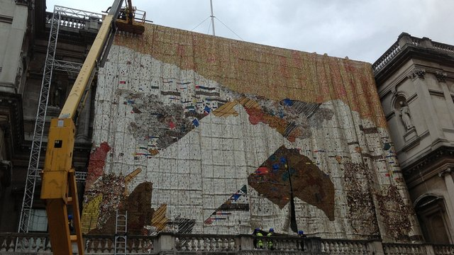 El Anatsui's Tsiatsia at the Royal Academy