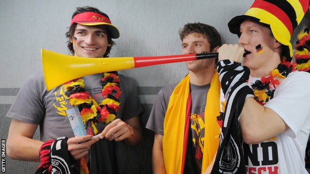 Mats Hummels, Thomas Mueller and Bastian Shweinsteiger
