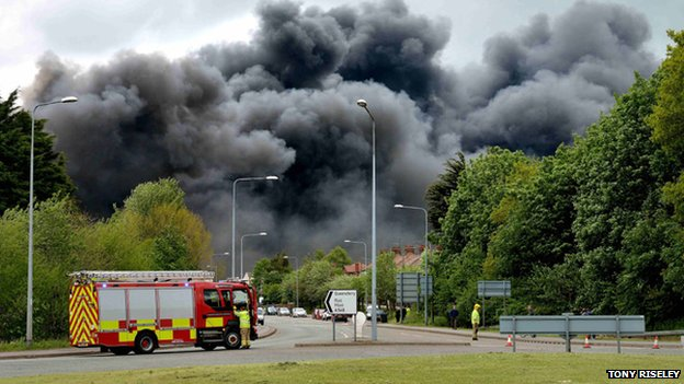 Greenfield Business Park fire in Flintshire - photo by Tony Riseley