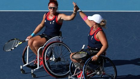 Lucy Shuker and Jordanne Whiley