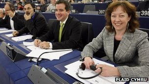 MEP Evans top of Plaid Cymru list