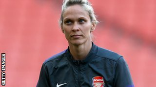 Arsenal Ladies coach Shelley Kerr