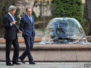 John Kerry and Sergei Lavrov in Moscow (7 May 2013)