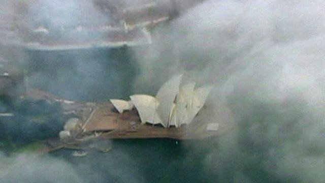 The Sydney Opera house in the fog