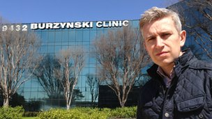 Richard Bilton in front of Burzynski Clinic in Texas