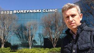 Richard Bilton in front of Burzynski Clinic in Texas