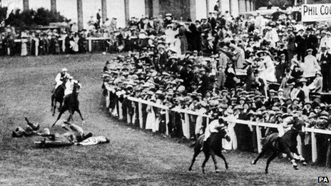 Emily Davison on ground at Epsom Downs