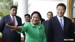 Prime Minister Kamla Persad-Bissessar welcomes Xi Jinping to Trinidad and Tobago