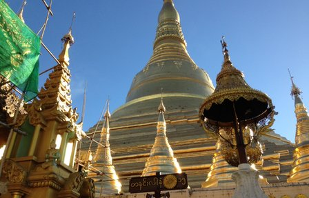 Shwedagon Pagoda in Rangoon