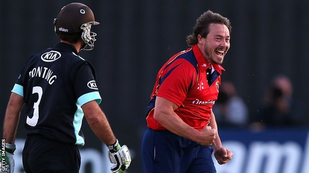 Graham Napier celebrates after bowling Ricky Ponting