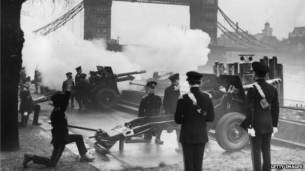The Honourable Artillery Company firing a Royal Gun Salute at the Tower of London to mark the birth of a boy to the Queen in February 1960