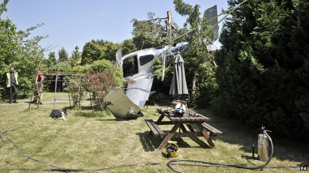 Light aircraft crash lands in Cheltenham garden