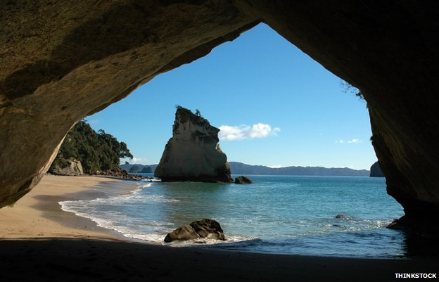 Cathedral Cove, NZ