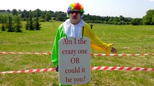 Bilderberg protester Controversy Clown