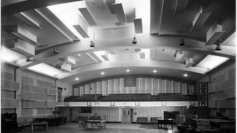 Maida Vale studio 1 in 1951