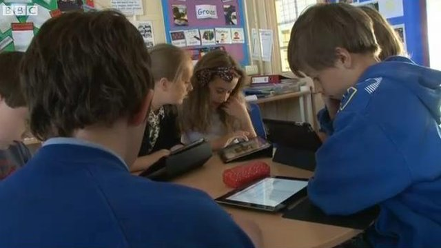 Should Technology Replace Teachers