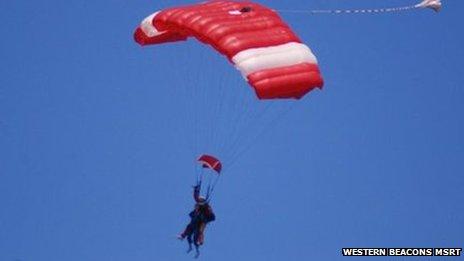 Hazel Jones skydiving