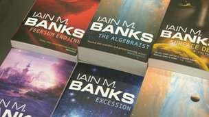 68068499 68068498 Author Ian Banks Dies of Cancer, Age 59