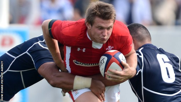 Dan Biggar takes on Japan in their first 2013 Test