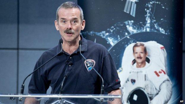 chris hadfirld how to become an astronaut
