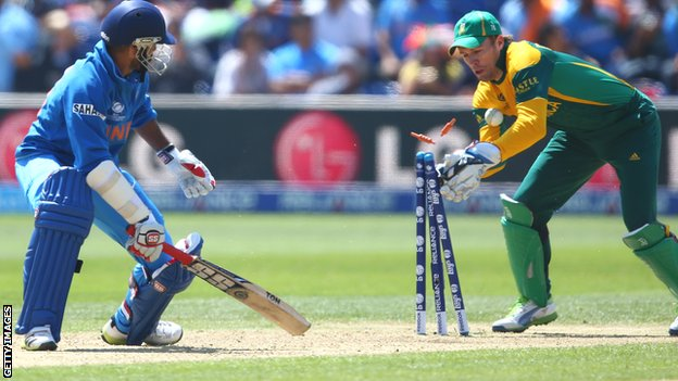Shikhar Dhawan and AB de Villiers
