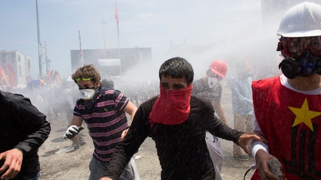 Turkish PM issues protest threat