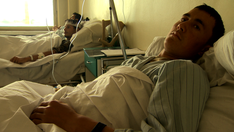 "Ward at Kabul's ""400-bed hospital"""
