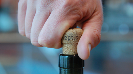 Unscrewing a cork
