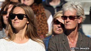 Kim Sears (l) and Judy Murray