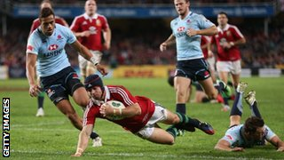 Leigh Halfpenny scores second try