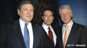 Ambassador Richard Holbrooke, John Tedstrom and former US President Bill Clinton in New York in June 2007