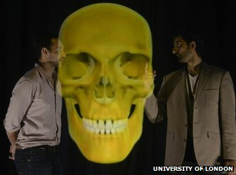 Test lecture with skull hologram