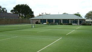 Kings Club tennis courts