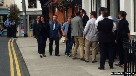 Bono and Ali Hewson on their way to lunch with the Obamas