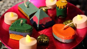 candles made out of old crayons