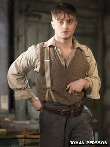 Daniel Radcliffe (Billy) photo by Johan Persson