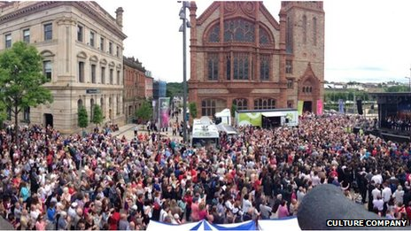 Crowds packed the Guildhall Square for a mass rendition of 'Danny Boy' led by the Codetta Choir and the pupils of St Patrick's Primary School, Pennyburn