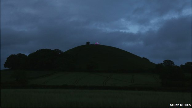 "Bruce Munro light installation ""Beacon On The Hill"""