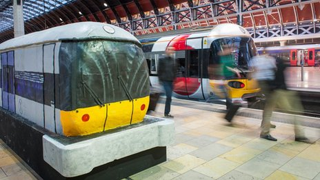 Replica Heathrow Express train made from cake