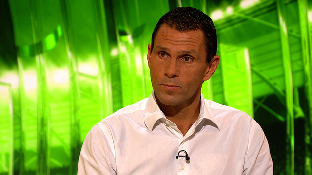 Gus Poyet on set