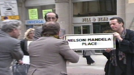 Simple Minds singer Jim Kerr supported renaming a city centre square after Nelson Mandela
