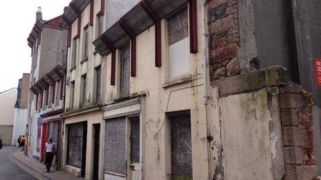 Dumaresq Street
