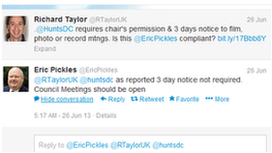 Tweets between Richard Taylor and Eric Pickles
