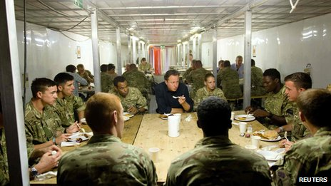 David Cameron eating breakfast with troops