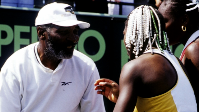 Richard Williams with daughters Venus and Serena