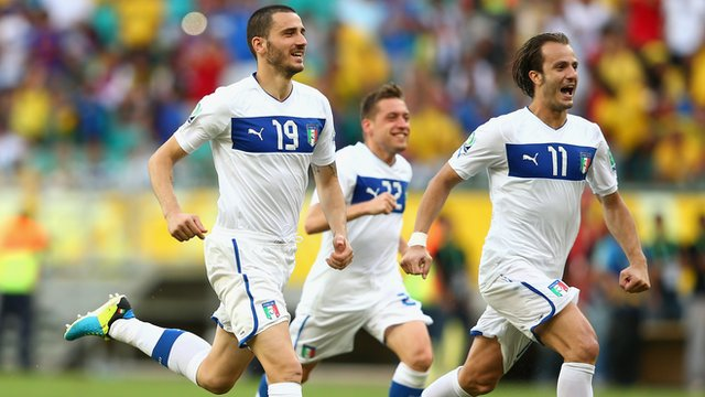 Italy celebrate beating Uruguay