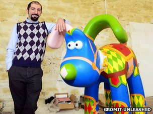 Carosello Gromit with artist Giuliano Carapia