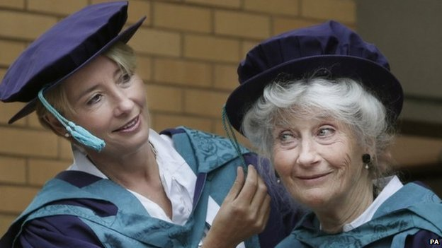 Emma Thompson and her mother Phyllida Law at their graduation