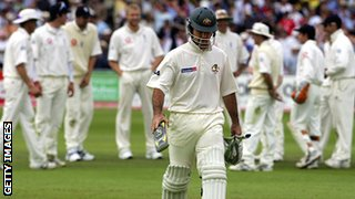 England celebrate after Ricky Ponting is run out by Gary Pratt