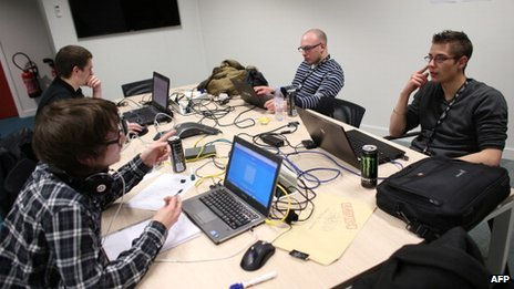Students from engineering schools attend, on Meudon, west of Paris, overnight on March 16, 2013, the first edition of the Steria Hacking Challenge.